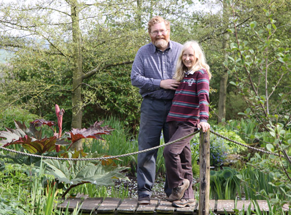 Alun & Jill in the garden